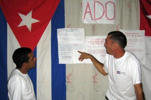 Eliecer Consuegra Rivas (Ex-Presidente de la ADO) en sesion de trabajo, 2008