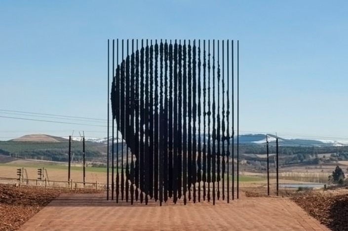 """ Nelson Mandela', por Marco Cianfanelli"