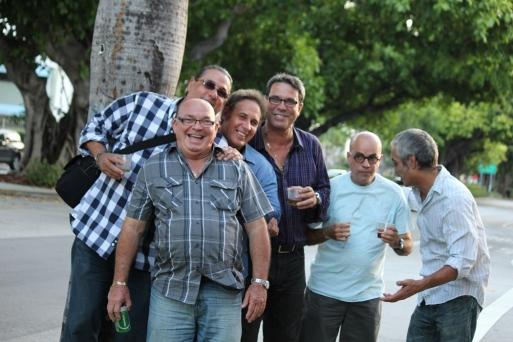 Miami, jueves, 'happy hours'. Escritores. Foto: Luis Felipe Rojas