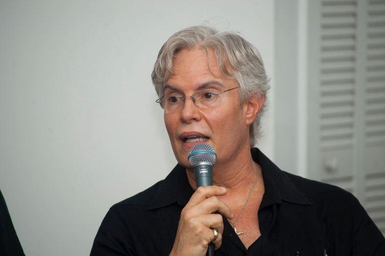 El Politologo Julio Shiling. Foto: Wenceslao Cruz Blanco. Cortesia.
