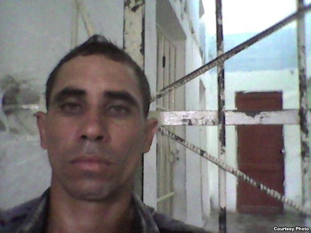 Yordanis Ojeda Rosabal, condenado a 2 años de privación de libertad. Activista de UNPACU.